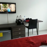 รูปภาพถ่ายที่ Hotel San Martín โดย Hector U. เมื่อ 1/25/2013