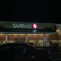 Das Foto wurde bei Safeway von Eric L. am 1/30/2013 aufgenommen