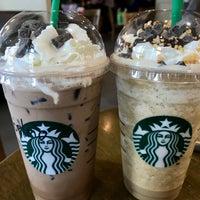 Photo taken at Starbucks by Manow Z. on 12/5/2017