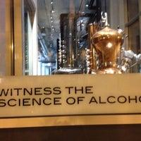 9/28/2013 tarihinde Michael S.ziyaretçi tarafından CH Distillery & Cocktail Bar'de çekilen fotoğraf