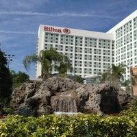 Photo prise au Hilton Orlando par Dean S. le2/16/2013