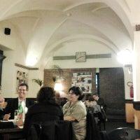 Foto scattata a Pizzeria Via Coppola da Luigi M. il 4/30/2013