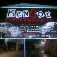 Photo taken at Secretariat Kendor Auto Community by Bayhaki Victau N. on 6/5/2013