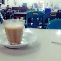 Photo taken at Corner Coffee by Sayuthi M. on 9/21/2013