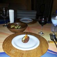 Foto tirada no(a) Restaurante Hibiscus por Bruno T. em 1/27/2013