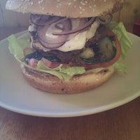 Photo taken at Yes Burger by Pepan K. on 10/18/2012