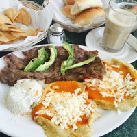 Photo taken at Los Bisquets Bisquets Obregón by Eloiza S. on 4/28/2016