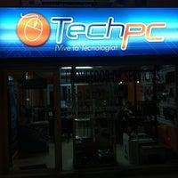 Foto tomada en Techpc Live HUAQUILLAS por Pasley R. el 1/13/2013