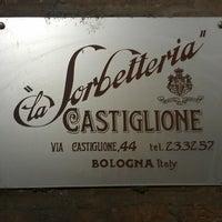 Photo taken at La Sorbetteria Castiglione by Stephen S. on 5/26/2013