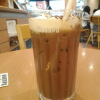 Photo taken at Doutor Coffee Shop by rohami k. on 8/30/2015