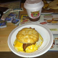 Photo taken at Waffle House by Coldaseyce R. on 9/29/2013