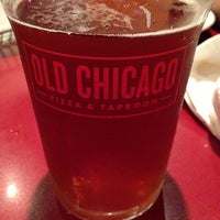 Photo taken at Old Chicago Pizza & Taproom by Vijay L. on 9/1/2013