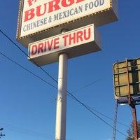 Photo taken at Fair Oaks Burger by DHam on 9/25/2016