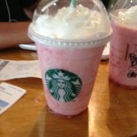 Photo taken at Starbucks by Javier L. on 5/21/2013