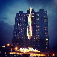 Photo taken at Seneca Niagara Casino by Pilar M. on 3/20/2013