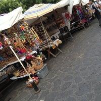 Foto tirada no(a) Mercado Artesanal de Tepoztlán por ernesto g. em 10/14/2012