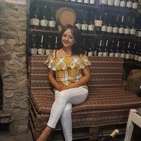8/12/2018 tarihinde Pretty P.ziyaretçi tarafından Giritli Şarap Evi'de çekilen fotoğraf