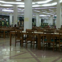 Photo taken at IIUM Darul Hikmah Library by Siti M. on 3/14/2013