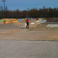 Photo taken at Springfield Skate Park by Erin N David R. on 4/13/2013