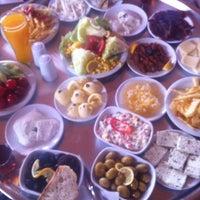 6/2/2013 tarihinde Mtn P.ziyaretçi tarafından Şömine Cafe'de çekilen fotoğraf