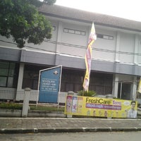 Photo taken at SMA Labschool UPI by Lies Y. on 10/20/2013