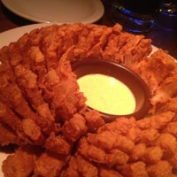Photo taken at Outback Steakhouse by Vanessa S. on 1/18/2013