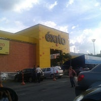 Photo taken at Éxito by Felipe M. on 12/22/2012