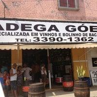 Foto tirada no(a) Adega Góes - Oswaldo Cruz por Steffane T. em 12/22/2012