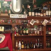 Снимок сделан в Mollie's Irish Pub пользователем Svetlana E. 9/6/2013