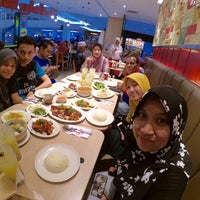 Photo taken at The Chicken Rice Shop by Farah L. on 7/4/2016