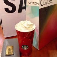 Das Foto wurde bei Starbucks von Kimberley M. am 1/13/2014 aufgenommen