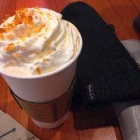 Das Foto wurde bei Starbucks von Kimberley M. am 1/19/2014 aufgenommen