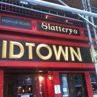Foto tirada no(a) Slattery's Midtown Pub por Cass C. em 6/26/2013