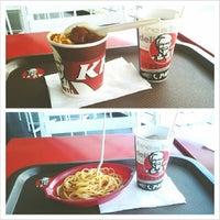 Photo taken at KFC by Hesti R. on 5/20/2013