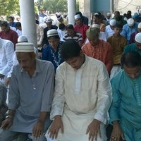 Photo taken at Baitul Mukarram by Zaid I. on 10/6/2014