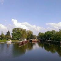 Photo taken at Spreebrücke by Nicole W. on 5/8/2013