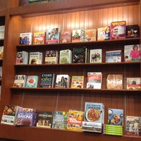 Photo taken at Barnes & Noble by Stephen Q. on 12/22/2012