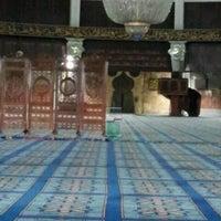 Photo taken at State Mosque (Masjid Negeri) by Jamilah M. on 6/2/2013
