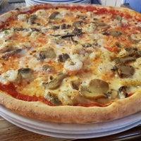 Photo taken at Pizzeria Santalucia by Pizzeria Santalucia on 7/17/2017