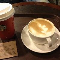 2/15/2013 tarihinde Alev G.ziyaretçi tarafından Starbucks'de çekilen fotoğraf