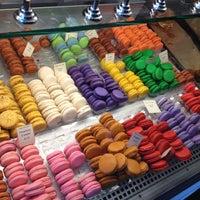 Das Foto wurde bei Bakery Nouveau von Ligaya A. am 11/4/2014 aufgenommen