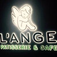 1/20/2018 tarihinde Ayşe O.ziyaretçi tarafından L'Ange Patisserie & Café'de çekilen fotoğraf