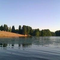 Снимок сделан в Среднее Суздальское озеро пользователем Marina 6/21/2013