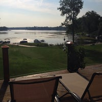 Foto tomada en Swan Oxbox Lake Cottage por Diane M. el 8/30/2014