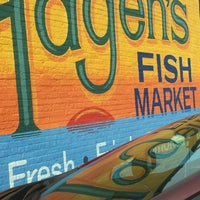 Hagen 39 s fish market portage park 21 tips for Fish market chicago