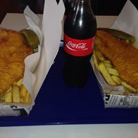 Photo taken at Great British Fish & Chips by Ulfet G. on 1/18/2014