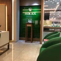 Photo taken at Rolex & Cartier Next Level Uğur Saat by Yasin P. on 3/2/2018