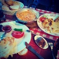 5/9/2014 tarihinde Eren G.ziyaretçi tarafından Café Faruk'de çekilen fotoğraf