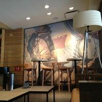 Das Foto wurde bei Starbucks von Manuel Iván C. am 7/26/2013 aufgenommen
