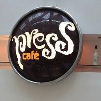 Foto tirada no(a) Press Café por DiGiVíLu L. em 12/27/2012
